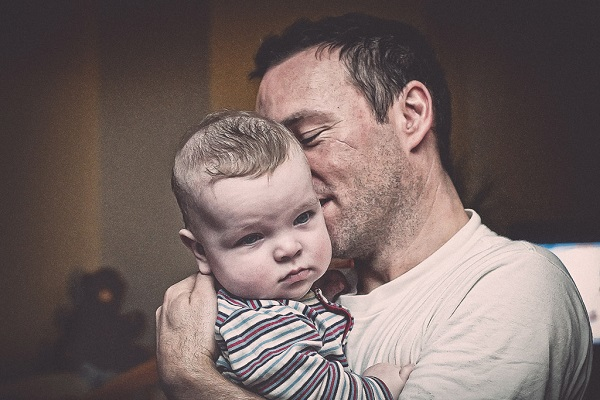 9 ways to cure bad breath of fathers hated by babies