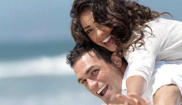 7 tips for a single woman Grab your boyfriend's stomach