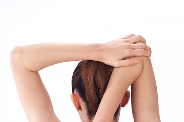 7 Shoulder Stretches to Cure Chronic Stiff Shoulders